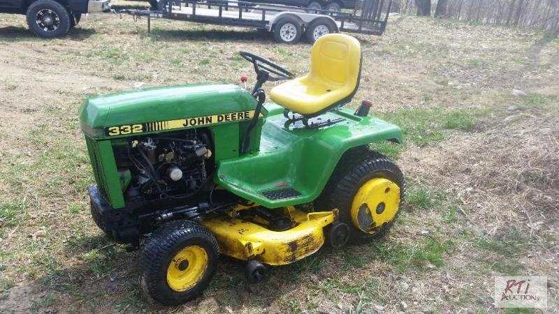 John Deere 332 >> John Deere 332 Diesel Mower Runs And Goes 54 May Netauction