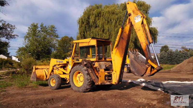 John Deere 510d Backhoe  Loader  Tractor With R