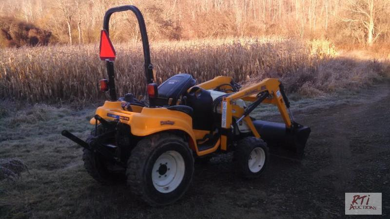 2007 Cub Cadet 6284 4WD tractor with 812 load ...